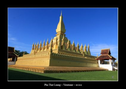 Pha That Luang à Vientiane - l'autre ailleurs au Laos, une autre idée du voyage