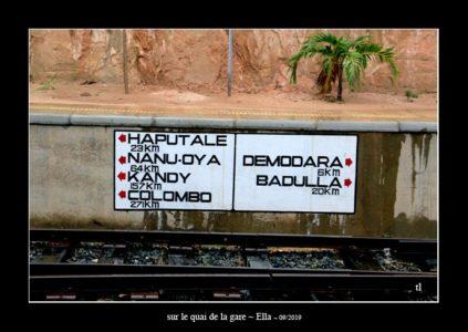 sur le quai de la gare d'Ella - thierry llopis photographies (www.thierryllopis.fr)